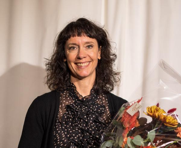 S-Pankin puolesta palkinnon vastaanotti Saija Lindfors (Johtaja, asiakkuudet, markkinointi, viestintä ja digitaalinen myynti S-Pankki-konserni).